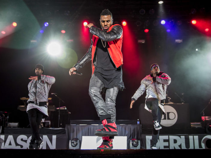 Jason Derulo at the Washington State Fair in Puyallup, WA on September 26, 2015.